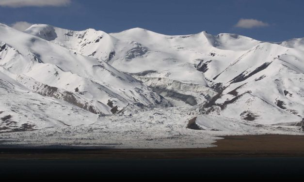 Bigger, faster avalanches triggered by climate change