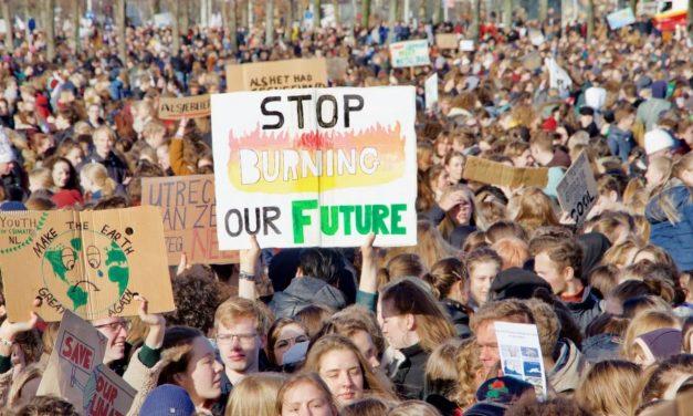 Ma génération a saccagé la planète et donc je salue les enfants qui ont riposté.